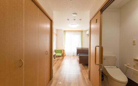 ひだまりライフ大東・トイレ付き個室