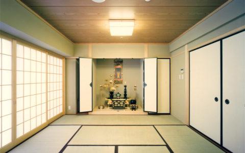 大東福祉会 施設ガイド ■中央棟 4階 藤の間(仏間)