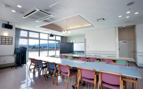 大東福祉会 施設ガイド ■中央棟 食堂/ラウンジ