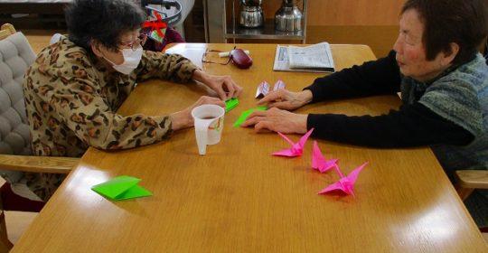 折り鶴を作りました!